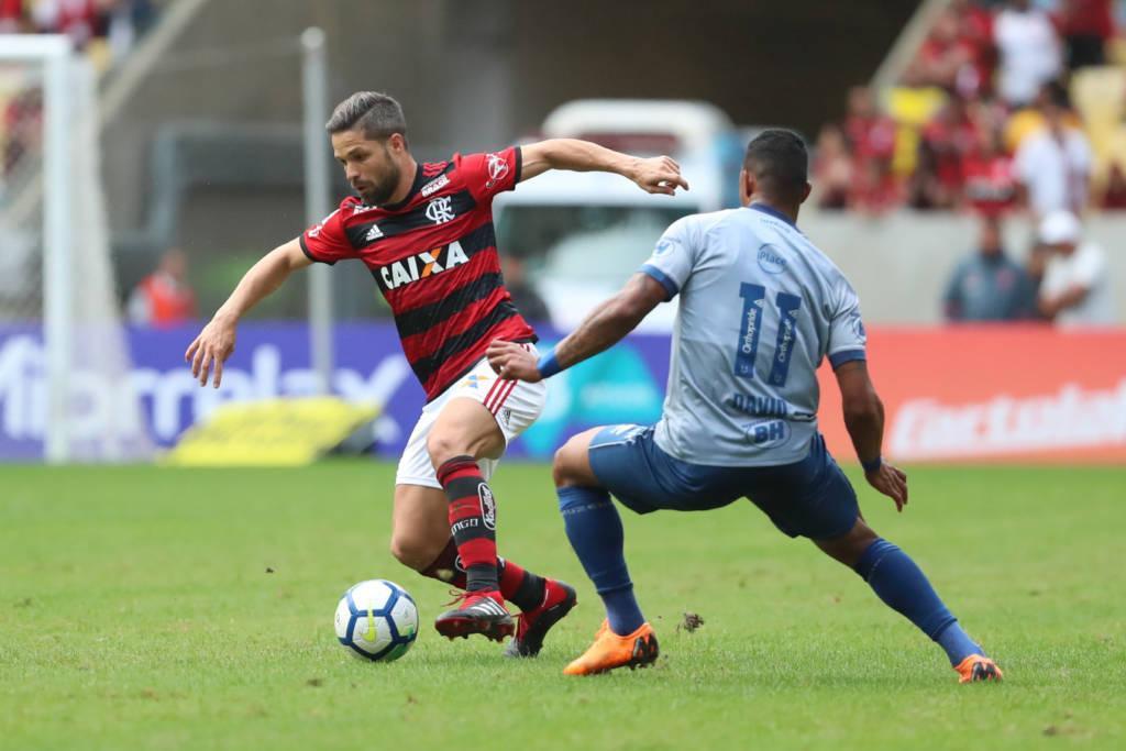 Flamengo vence o Cruzeiro no Maracanã - Diário do Aço 65bbd286feba9