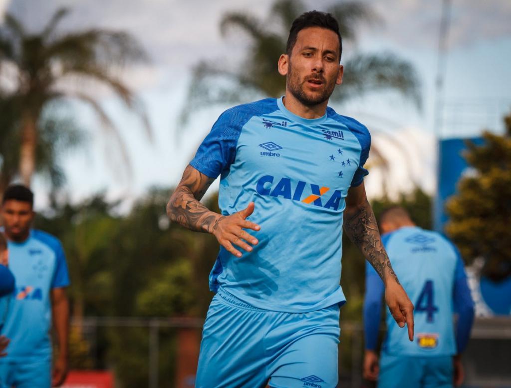 455374b708 Cruzeiro prevê jogo difícil como visitante na Arena da Baixada ...