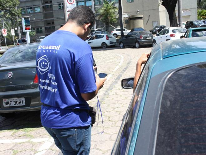 Ipatinga amplia período educativo do Estacionamento Rotativo Digital
