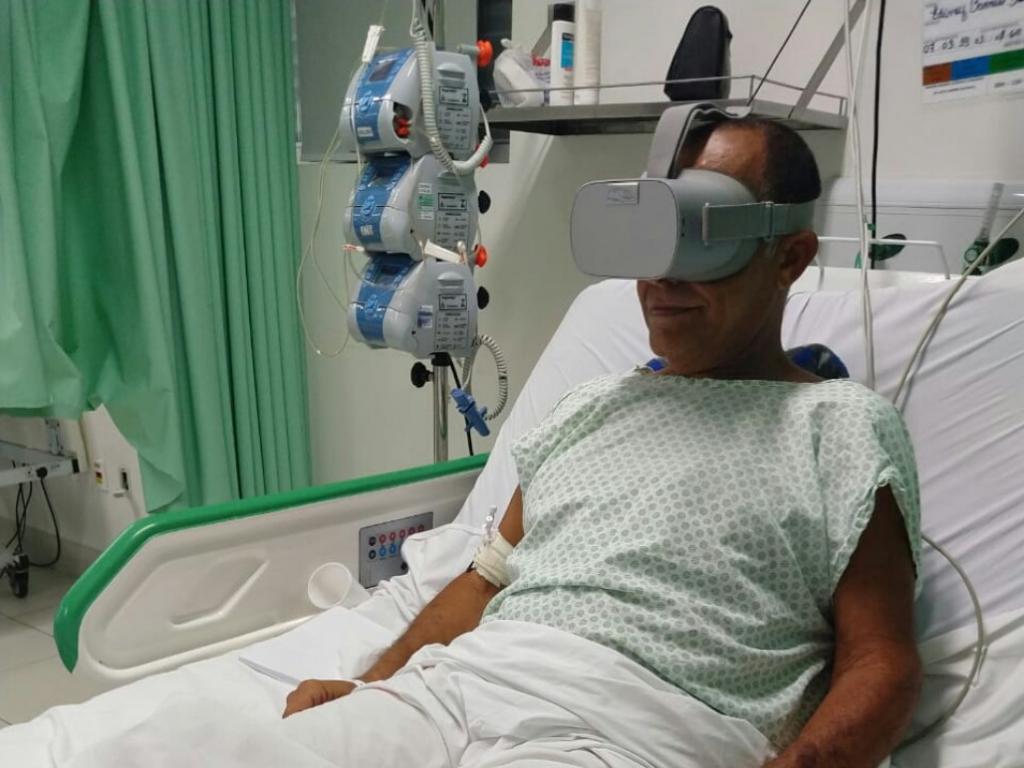 a560c5607 Óculos de Realidade Virtual ajuda pacientes em hospital de ...
