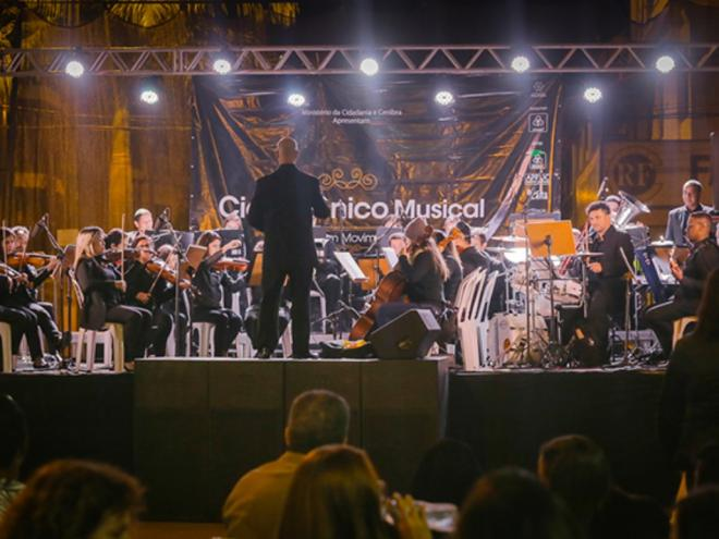 Clássicos do Rock com orquestra